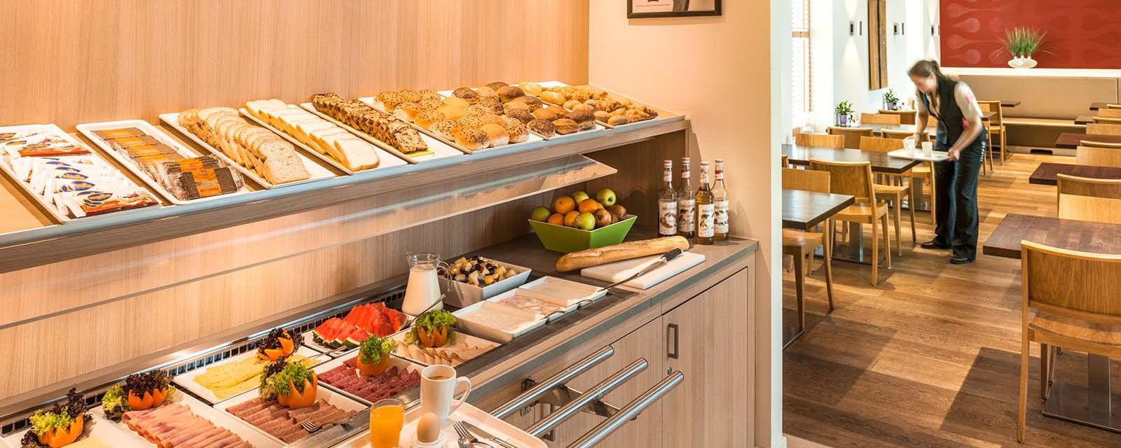 Ibis Hotel den Haag Scheveningen - Breakfast Buffet
